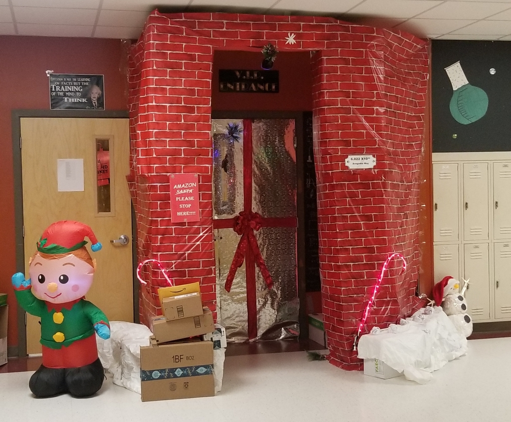 Christmas Door Decoration WInners
