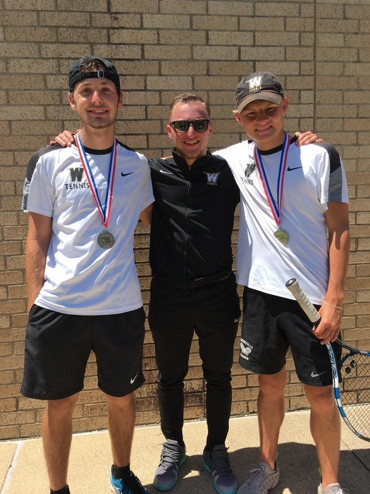 Boys Doubles Advances to State